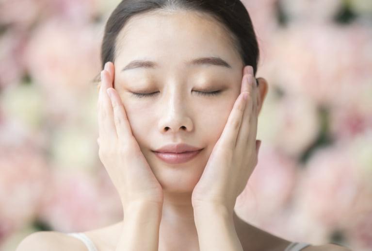 化粧かぶれした肌を早く元に戻すための2ステップと対処法