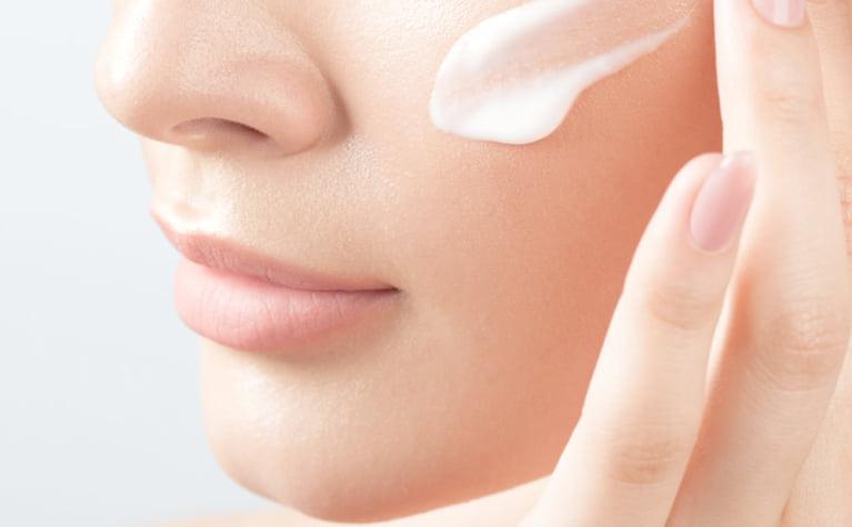 セラミド化粧品を使う前に知っておきたいセラミドの効果