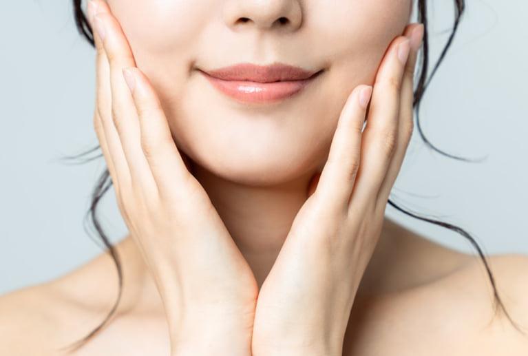 オイリー肌を改善する4つの対策