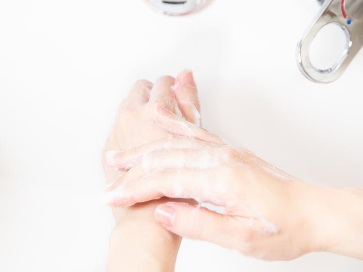 まずは、手を洗いましょう