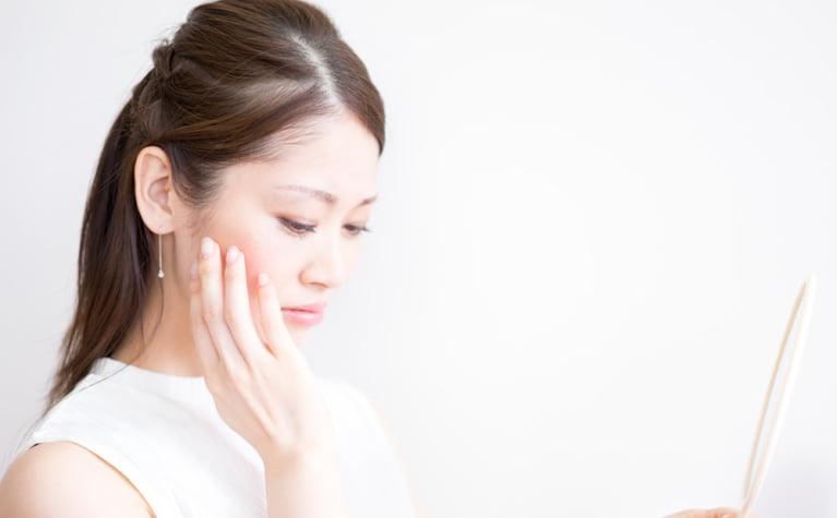 保湿してもすぐ乾燥する肌をプルプルにする方法