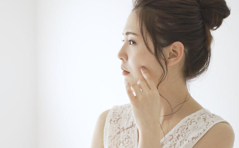 化粧品かぶれの原因と対策