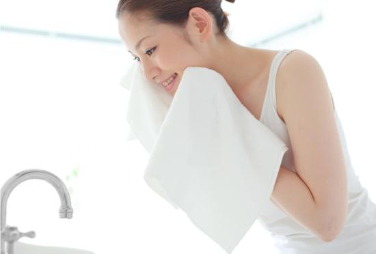 乾燥肌の正しい洗顔